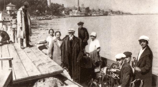Подорож Володимира Вернадського зі співробітниками Дніпром. 1928 р.