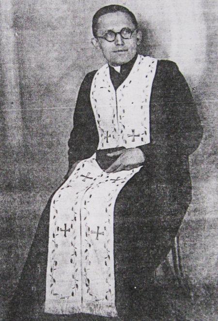 о. Іван Котів (початок 1940-х рр.)